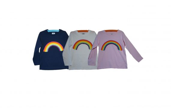 Regenbogeb Shirt Langarm handmade organic cotton gehäkelt